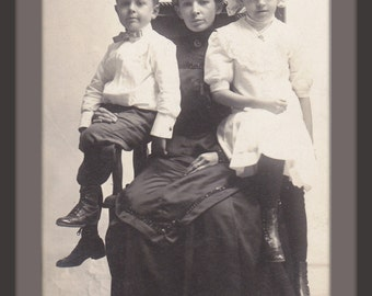 Widowed Mother- 1900s Antique Photograph- Edwardian Mourning- Sad Woman- Edwardian Children- Real Photo Postcard- AZO RPPC- Paper Ephemera