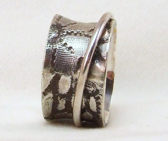 Spinner Ring, Silver, Lace Print, Floral, size 5 3/8 (16mm), unique handmade gift, ready to ship