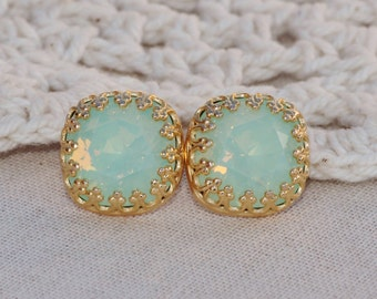 Swarovski Mint Green Opal Cushion Stud Earrings,Gold Crown Setting,Chrysolite Opal Rhinestone Post Stud,Bridesmaids,Rounded Square,Crystal