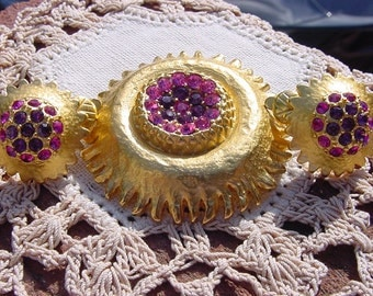 Molten Gold Sun Fuchsia Rhinestone Vintage Brooch and Earrings