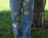 Vintage 1980s 1990s // Levi Strauss Yellow Rose Emroidered Mom Jeans