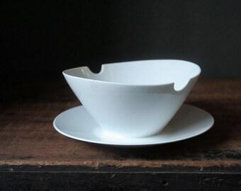 Gravy boat 1950's, mid century modern, Rosenthal china, Classic Modern White, Raymond Loewy