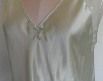 Nightgown Nightie Chemise Romantic Size Small Oscar De La Renta