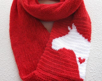 Horse Infinity Scarf. Alpaca blend, red knitted circle scarf with a white horse and small red heart. Long knit cowl scarves. Horse gift