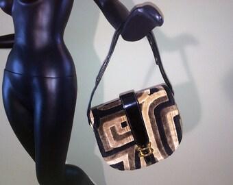 Vintage 1940s Purse 40s Art Deco Carpet Bag Carpetbag Black Brown Geometric Tapestry Handbag Shiny Black Patent Trim Brass Hardware