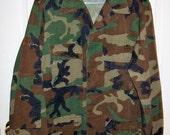 Vintage Camouflage Light Field Jacket US Military Medium Only 12 USD