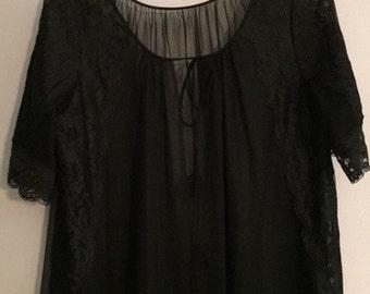Shadowline Lingerie Gown Coat, Vintage -- VK391
