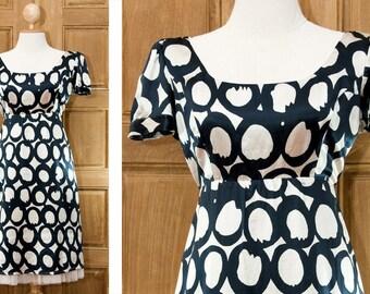 MOSCHINO Shift Dress 90s Pure silk Dress Size M L Casual women Square Neckline Large Geometric Pattern Navy Blue Cream Ivory Classy Designer