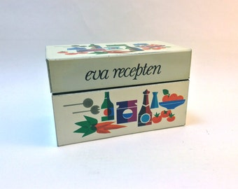 Vintage Sixties metal Eva recipe box with original recipe cards in Dutch