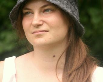 cloche hat - art deco hat - felted hat - wool hat - 1920' hat - felt hat - flapper hat - felted head wear