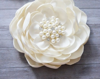 Ivory, Bridal Hair Accessories, Wedding Flower for Hair, Hair for Flower Clip, Silk, Headpiece, Hair Fascinator, Bridesmaid, Flower Girls