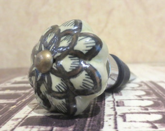 Wine Bottle Stopper - Green and Brown Flower Ceramic Wine Stopper