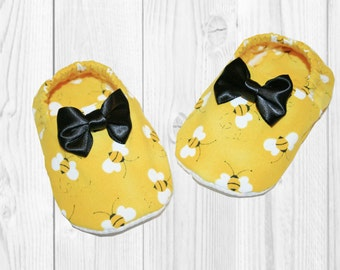 Baby Girl Shoes - Soft Baby Shoes - Baby Crib Shoes - Bumble Bee Outfit - Soft Sole Shoes - Baby Girl Booties - Baby Soft Shoes - Baby Gifts
