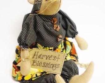 Harvest Blessings Mouse, Primitive Dolls, Country Farmhouse Decor
