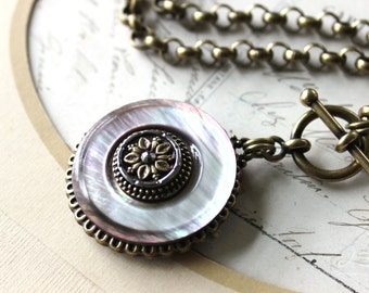 Big Bold and LOVELY Smokey Pearl Necklace Antique Mother of Pearl Pendant Necklace Toggle Victorian 1800's Antique Button Jewelry veryDonna