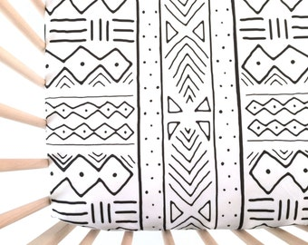 Crib Sheet Black Mudcloth. Fitted Crib Sheet. Baby Bedding. Crib Bedding. Minky Crib Sheet. Crib Sheets. Black and White Crib Sheet.