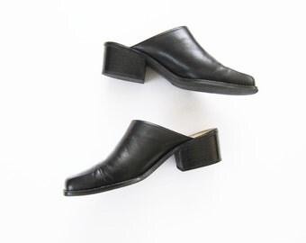 90s Shoes / Black Leather Clogs / Mules / Slides / Minimalist / 8