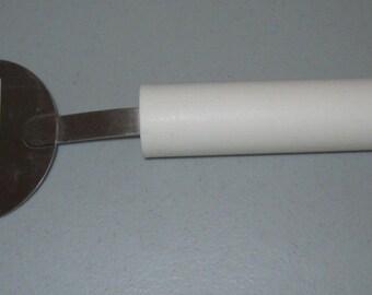 VINTAGE TUPPERWARE Cheese slicer cutter white green tip stainless stell blade Kitchen gadget