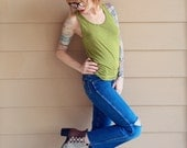 XXS Wrangler Distressed Kick Flare Retro Jeans // Women's size XXS 22 23 Petite Short