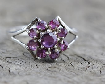 Purple Faceted Glass Cluster Flower Centre Design Ring Sterling Silver 925 Ring US size 8.25 UK size Q