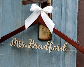 Rustic Wedding Hanger, Wedding Dress Hanger,  Personalized Bride Bridesmaid Wood Name Hanger, Custom Wedding Bridal Hanger,Shower Gift LL017