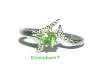 Breathtaking Peridot Ring, Ring With Natural Stone, August Birthstone Ring, Low Profile Ring