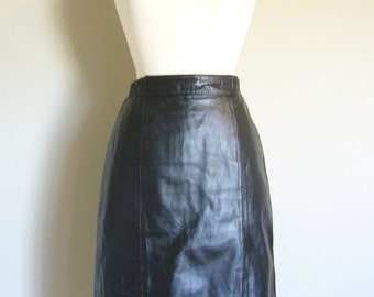 Vintage BLACK LEATHER PENCIL Skirt/Midi Skirt/Size Small-Medium