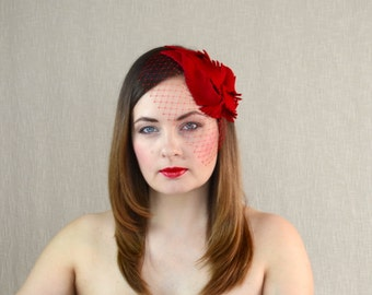Red Felt Fascinator with Feathers and Birdcage Veil - Red Teardrop Fascinator - Winter Wedding - Bridal Fascinator - Red Wedding