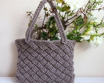 Crochet Pattern basketwave tote, cable, celtic knot woman braided bag, Instant download