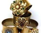 Reclaimed Vintage Brooch Napkin Rings, Reused Recycled Upcycled, Rhinestone Jewelry Brooch Napkin Rings Handmade