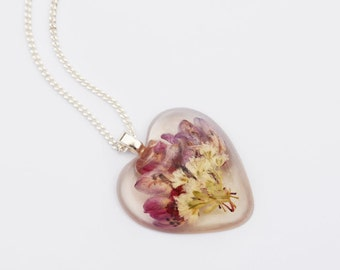 Pressed Flower Heart Pink White Bouquet Pendant Necklace Real Flower Resin Pendant Botanical Jewelry