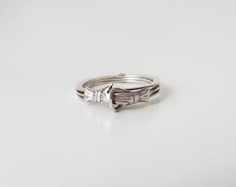 SALE!! Vintage sterling silver Gimmel/Gimmal ring - hidden secret heart