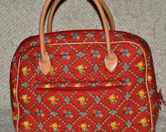 TRAVEL Case PIERRE DEUX, French Country, Lg. Primarily gorgeous Red, with Crisscross Design,flowers, many Plastic Lined Compartments.