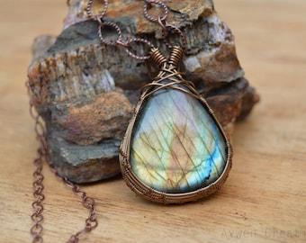 Archer - Wire Wrapped Labradorite GHemstone Pendant / Brass Copper Wire / Wire wrapped Stone / Rainbow Stone / Rainbow Jewelry / Fall Colors