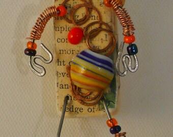 Storyteller Doll Brooch,Whimsy Pin Doll,Wired,Shelf Sitter Doll,Wearable Art, Steampunk Boho Artwear,One Of A Kind Art,Hat Art, Lapel Art