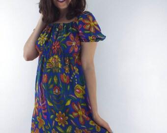 Vintage 70s Floral Print Peasant-Style Midi Dress