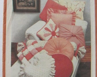 Simplicity Pattern 117, 10 Pillow Patterns, Bolster, Patch Puff, Round, Dresden Plate Pillow, Turkish Corner, Sunburst, Japanese wrapped