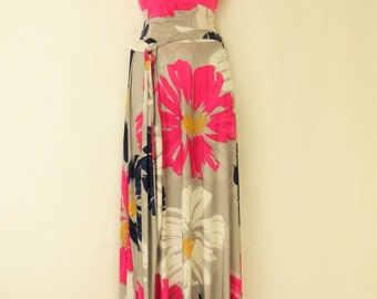 Plus size  floor length floral print maxi skirt small to 6X.