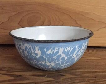 "Vintage Graniteware Bowl, Light Blue White Swirl 6"" diameter, Enamel Chippy Rusty Rustic Farmhouse"