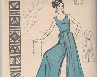 "Polynesian Pattern 180 ANELA Misses' Jumpsuit  Size 12 Bust 32"""