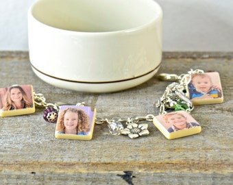 Personalized, Gifting, Gift for Mom, Mother's Day Photo Charm, Charm Bracelet, Grandma Gift Birthstone Bracelet Gift for Her Meaningful Gift