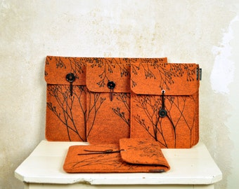 Convertible case Made to Order to fit your device - Laptop/Tablet sleeve - Rust vegan Felt cover - custom made - screenprinted floral print