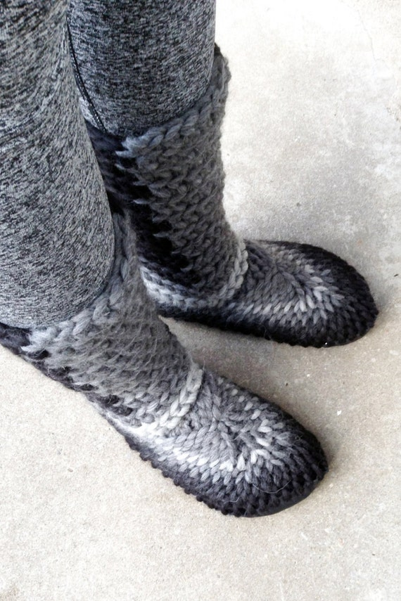 Knitting Patterns For Slippers With Leather Soles : Crochet Slipper Boots with Leather Soles For Women and Men