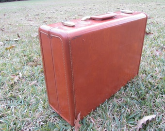 VINTAGE SUITCASE, MID Century Luggage, Travel Bag, leather suitcase , Samsonite Suit Case