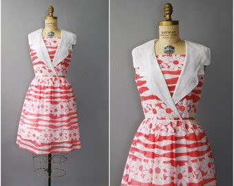 1960's Red and White Daisy Cotton Sun Dress • small