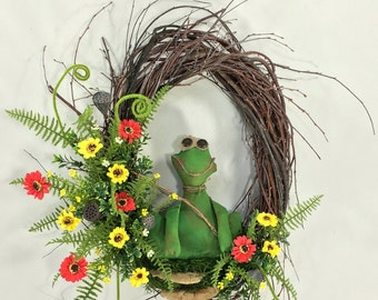 Spring Wreath, Frog Wreath, Summer Wreath, Garden Wreath, Spring Door Decor, Spring Floral, Summer Floral, Woodland Wreath, Frog, Lotus Pod