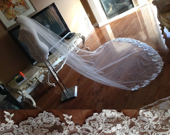 Lace wedding veil - cathedral length