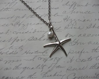 Silver starfish necklace with pearl