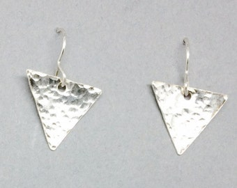Triangle Beaten Sterling Silver Dangle Earrings, Triangular Silver Earrings, Modern Silver Earrings, Geometric Earrings, Contemporary