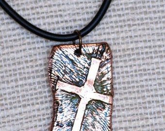 DT5 - Old Rugged Cross pendant